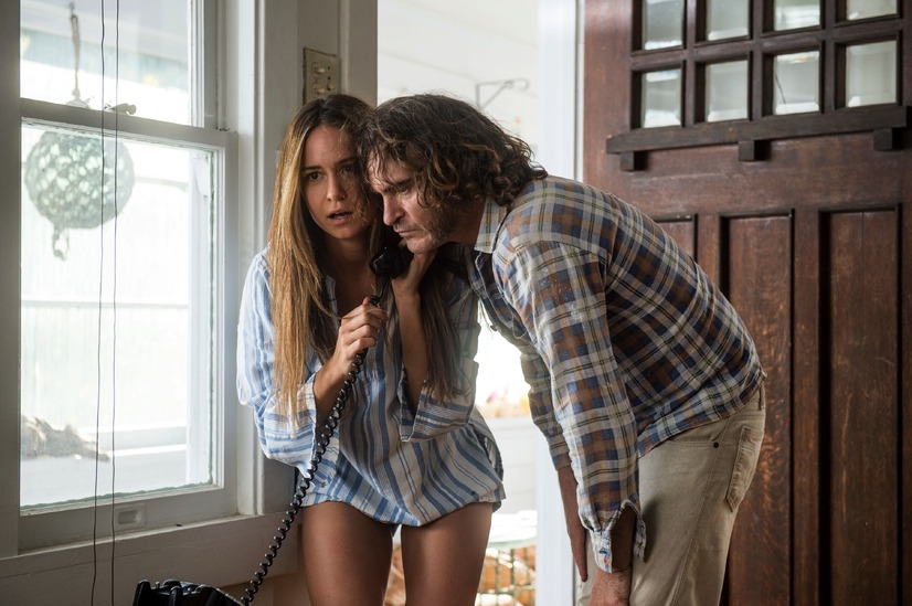 『インヒアレント・ヴァイス』 -(C)2014 WARNER BROS.ENTERTAINMENT INC,AND RATPAC-DUNE ENTERTAINMENT LLC ALL RIGHTS RESERVED