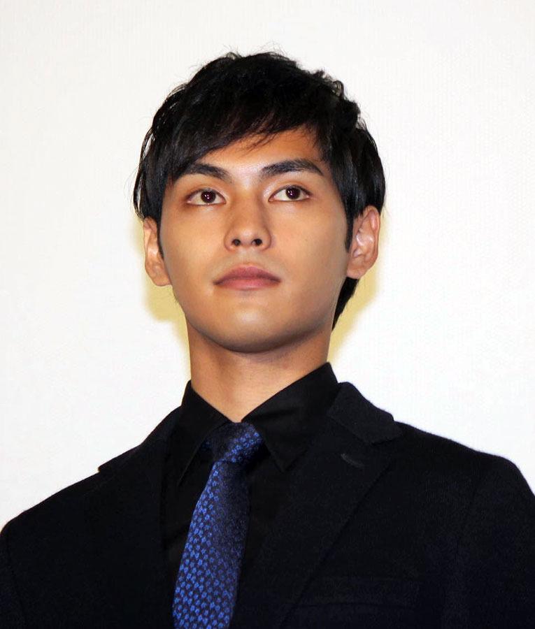『合葬』で主演を務める柳楽優弥