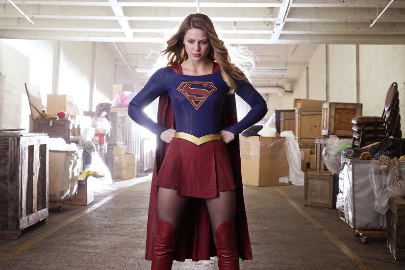 「SUPERGIRL/スーパーガール <ファースト・シーズン>」- (C) 2016 Warner Bros. Entertainment Inc. SUPERGIRL and all related pre-existing characters and elements TM and (C) DC Comicsbased on characters created by Jerry Siegel & Joel Shuster. SUPERGIRL series and all related new characters and elements TM and(C) Warner Bros. Entertainment Inc. All Rights Reserved.