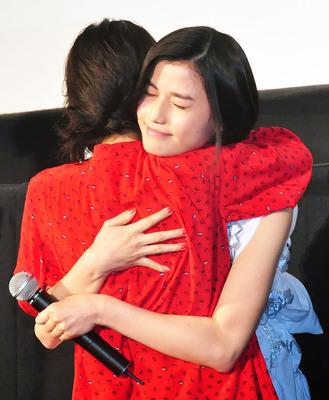 橋本愛と松岡茉優