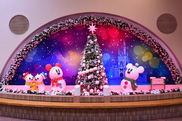 ディズニーリゾートラインのクリスマス