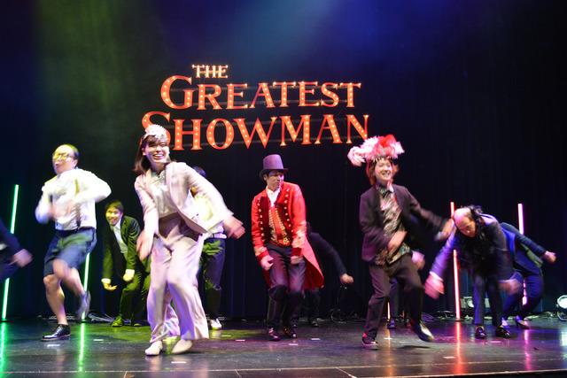 /『グレイテスト・ショーマン』の「GreatestよしもとShowman」記者会見