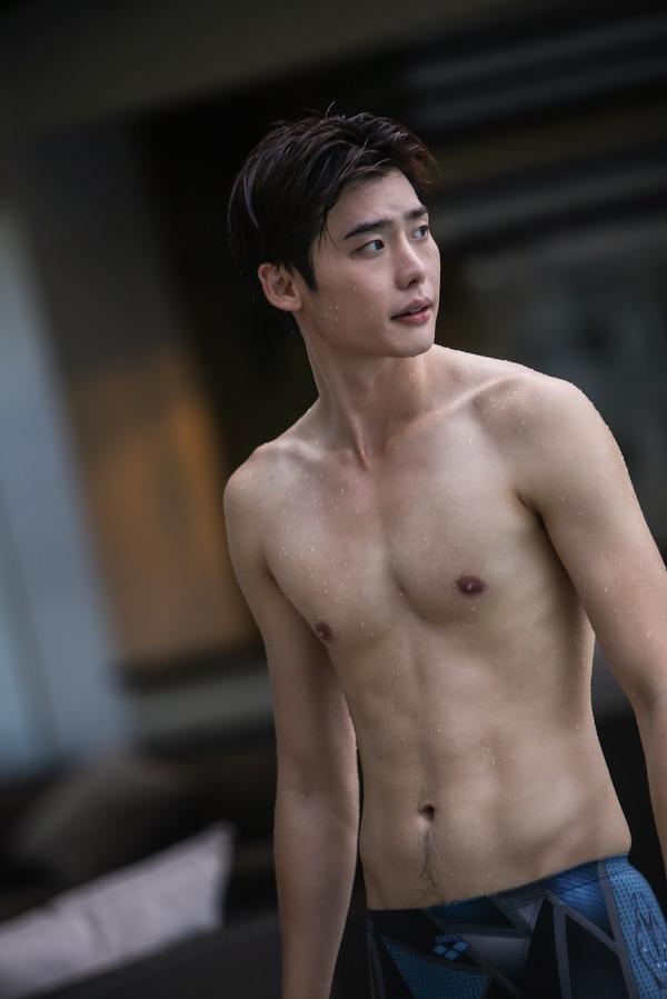 【美的アジア】イ・ジョンソク&ソ・イングク、心も体も丸裸に! 青春映画『君に泳げ!』 3枚目の写真・画像