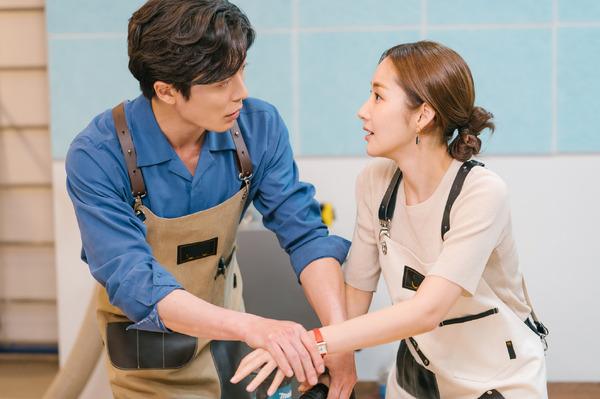 韓国カルチャー好き芸人 スクールゾーンはしもが語る! オタ活×胸キュンが詰まった注目ドラマ「彼女の私生活」