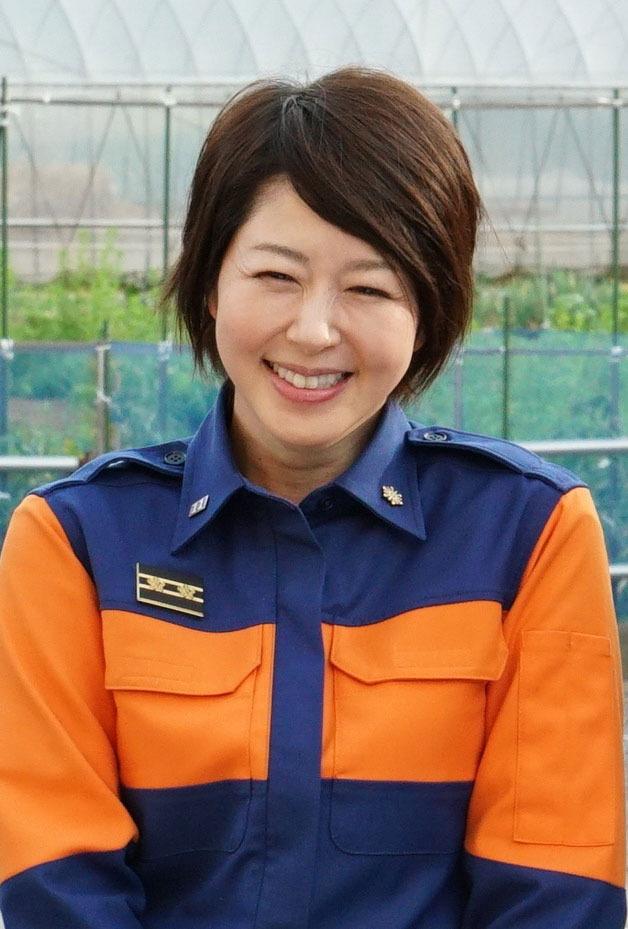 はにかんだ笑顔の堀内敬子