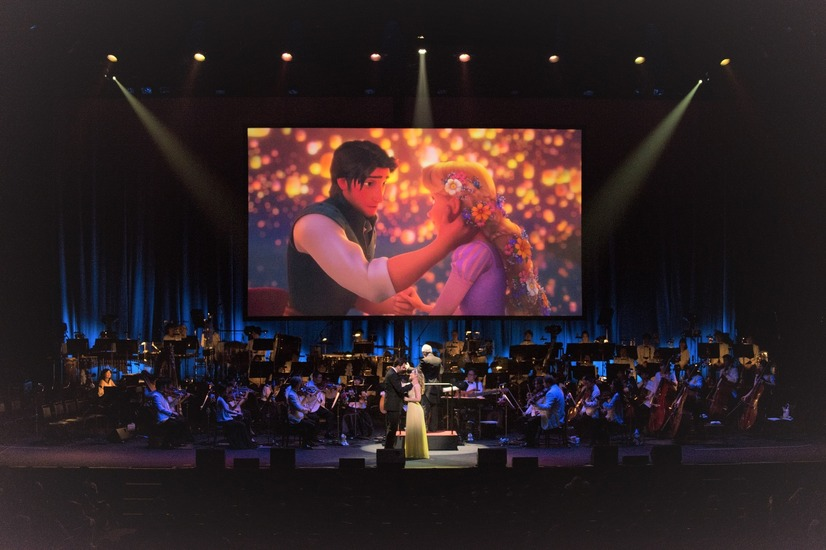 Presentation licensed by Disney Concerts (c) All rights reserved (c) Disney写真協力:講談社 月刊「ディズニーファン」