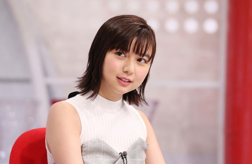 妹・上白石萌歌「おしゃれイズム」 (C) NTV