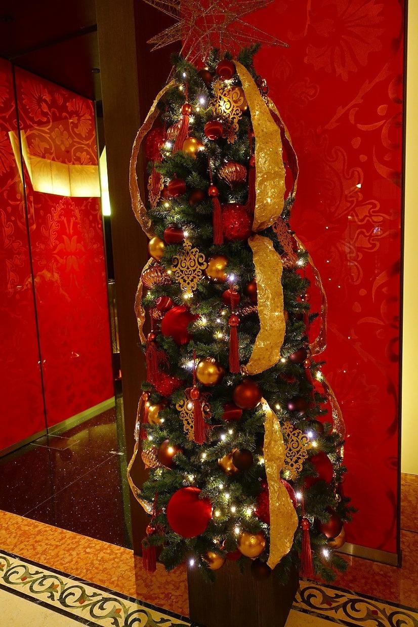 ディズニー】和牛のパイ包み焼きで贅沢なクリスマス!ブロックアウトデー