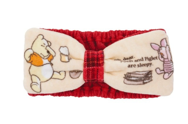 "ヘアバンド(1,700円)(C) Disney. Based on the ""Winnie The Pooh"" works by A.A.Milne and E.H.Shepard."