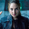 -(C) 2014 Summit Entertainmet, LLC. All Rights Reserved.