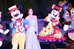 【海外ディズニー】香港パーク10周年!特別イベント「ハッピリー・エバー・アフター」開幕