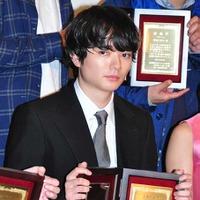 染谷将太、日プロ主演男優賞も自身に憧れる若手に「俺に憧れると痛い目に遭う!」と警告 画像