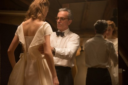 『ファントム・スレッド』(C) 2017 Phantom Thread, LLC All Rights Reserved