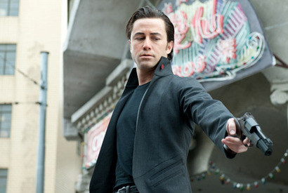 『LOOPER/ルーパー』 -(C) 2012 LOOPER DISTRIBUTION, LLC. ALL RIGHTS RESERVED
