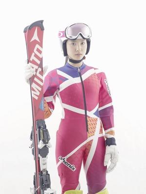 土屋太鳳、持ち前の運動神経でスキーの才能も開花!「カッコウの卵は誰 ...