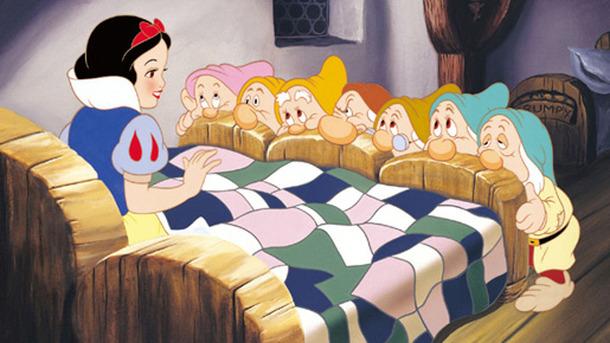 ディズニー初の長編アニメ 白雪姫 70年前の映像が甦る 貴重映像をチェック Cinemacafe Net