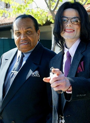 死亡 マイケル ジャクソン