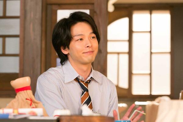 中村倫也、「半分、青い。」に再登場!「初恋を経て、彼は何を学んだのか」