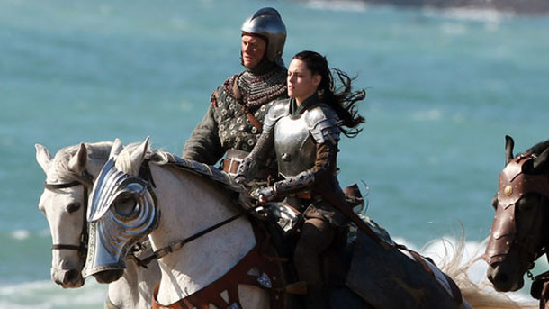 『Snow White and the Huntsman』(原題)撮影中の様子 -(C) Splash/AFLO
