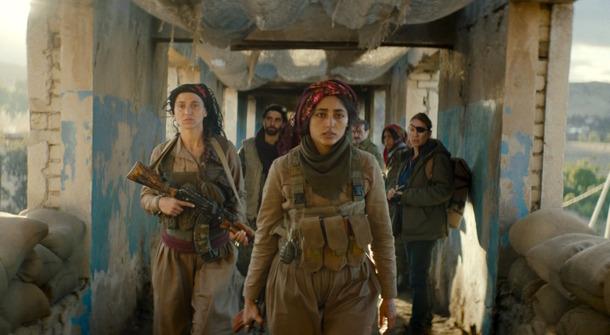 ISと戦う女性たちが銃撃戦で目にしたものとは…『バハールの涙』本編 ...