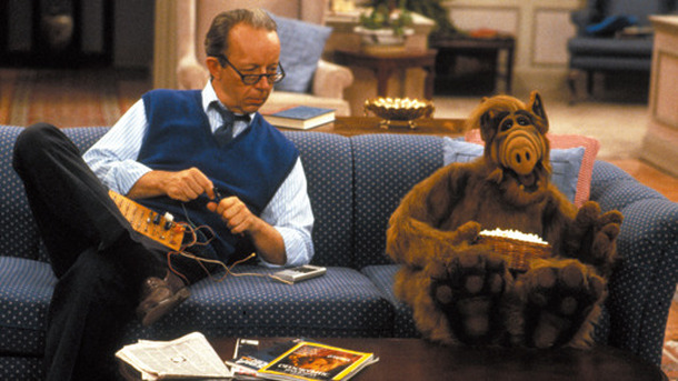 ALF (C) 1986 Alien Productions.