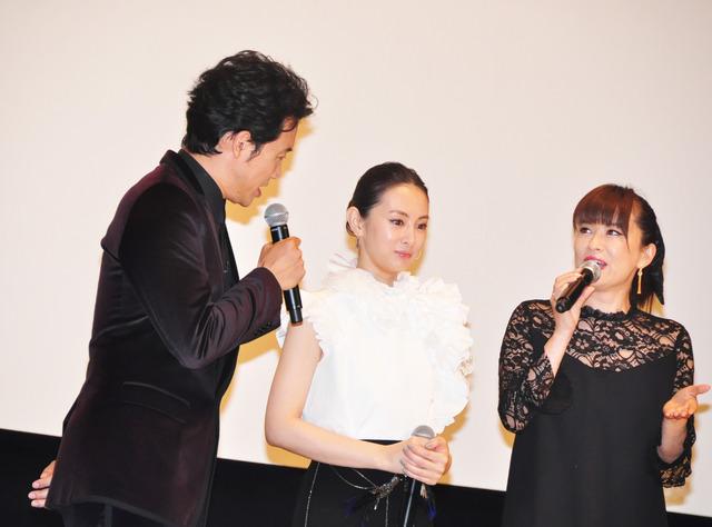 大泉洋&鈴木砂羽&北川景子/『探偵はBARにいる3』舞台挨拶