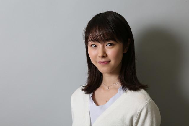 「トドメの接吻」青田真凛役 唐田えりか