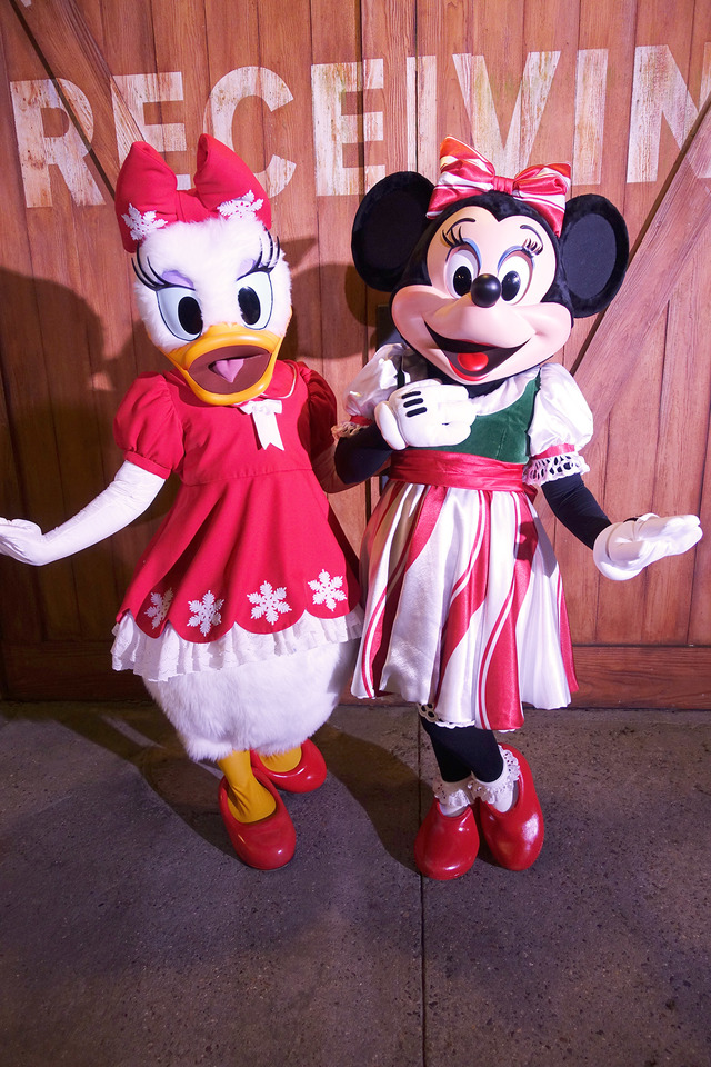 ミニーマウス&デイジーダック/「ミッキーのベリー・メリー・クリスマス・パーティー」のキャラグリ