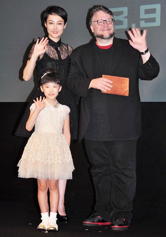 菊地凜子&芦田愛菜&ギレルモ・デル・トロ監督/『パシフィック・リム』来日会見