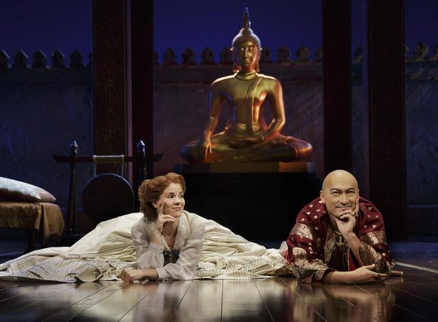 「王様と私」NY公演 (c) Paul Kolnik
