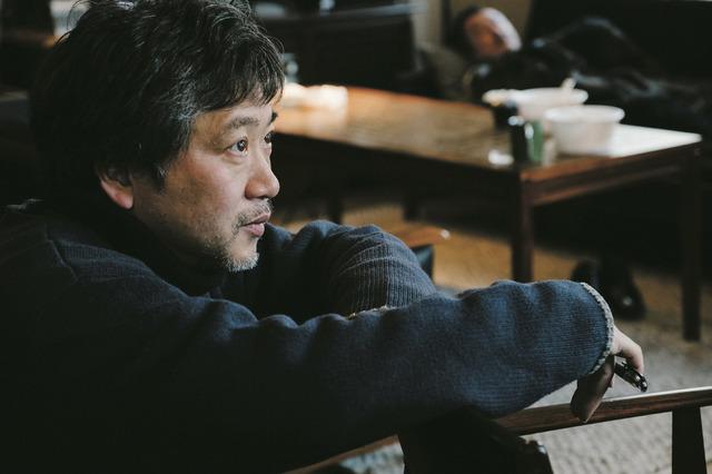 是枝裕和監督/『万引き家族』(C)2018『万引き家族』 製作委員会