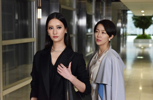 「Missデビル 人事の悪魔・椿眞子」第一話(C)NTV