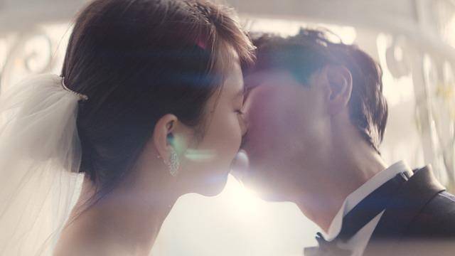 「ゼクシィ」CM「一万回のキス」ただ愛してる篇