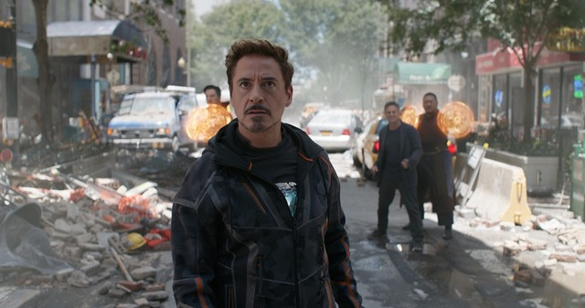 トニー・スターク(アイアンマン)の前に現れたのは?