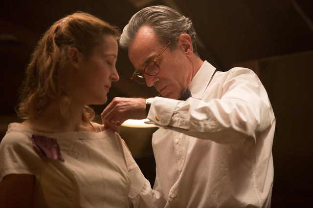 『ファントム・スレッド』(C)2017 Phantom Thread, LLC All Rights Reserved