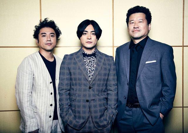 ムロツヨシ×山田孝之×佐藤二朗『50回目のファーストキス』/photo:EMI