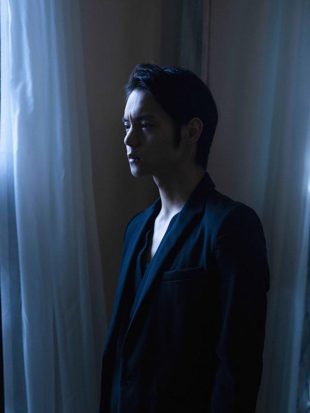 窪田正孝×写真家・齋藤陽道 フォトブック「マサユメ」収録カット※画像はイメージです。実際の商品とは異なる場合がございます。