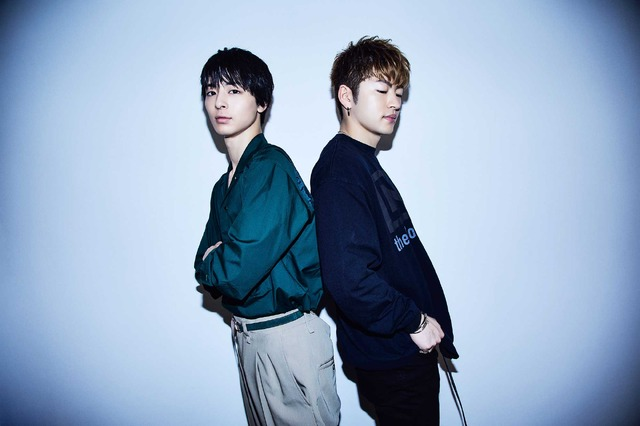 高杉真宙×佐野玲於『虹色デイズ』/photo:EMI