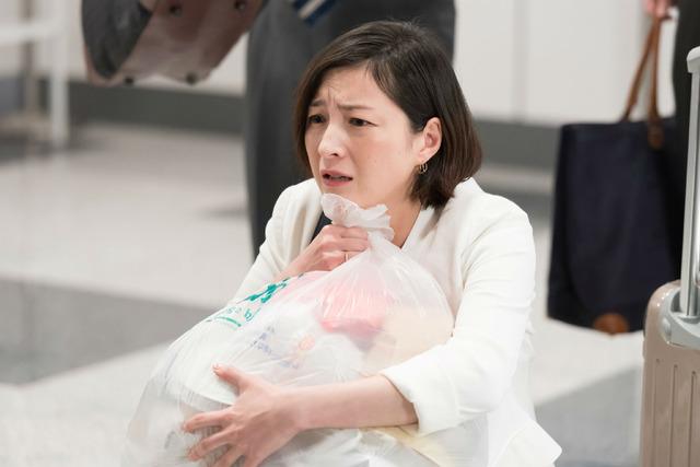 コント「捨てられない女」の広末涼子「LIFE!~人生に捧げるコント~」(C)NHK