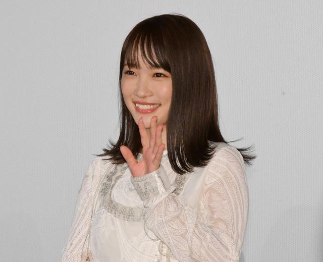 川栄李奈/映画『センセイ君主』スペシャルステージイベント&完成披露舞台挨拶