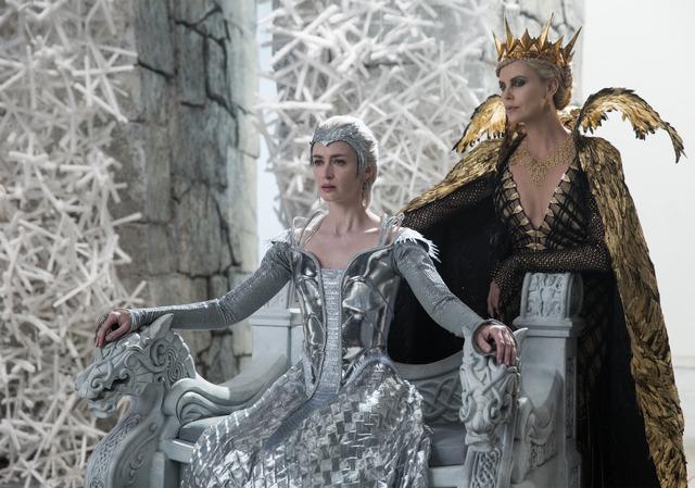 『スノーホワイト/氷の王国』(C)Universal Pictures