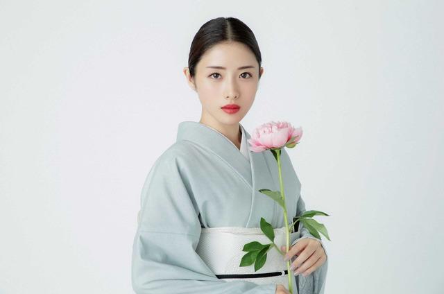 石原さとみ「高嶺の花」(C)NTV