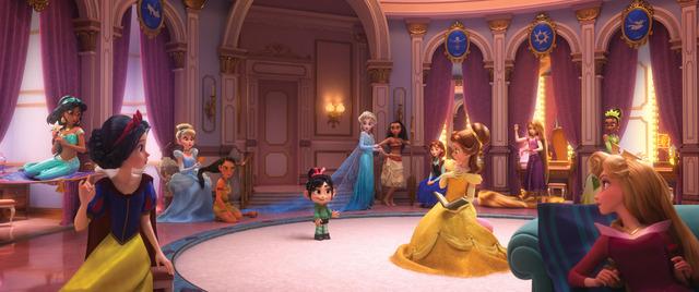 『シュガー・ラッシュ:オンライン』(C)2018 Disney. All Rights Reserved.