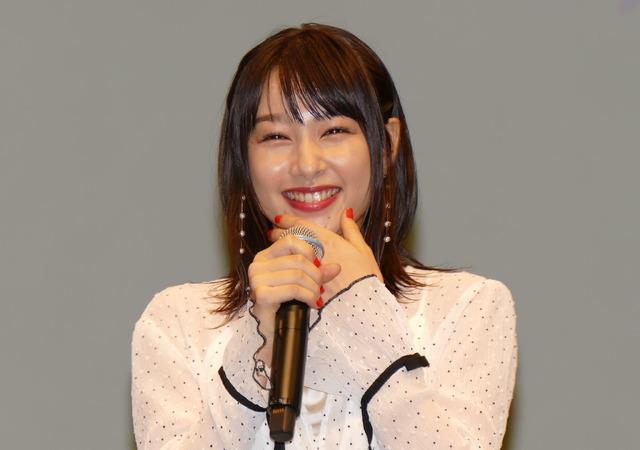 桜井日奈子 『ういらぶ。』完成披露試写会