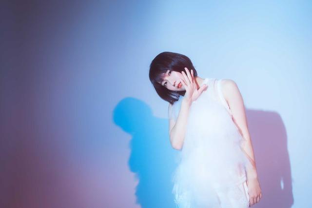 吉岡里帆『音量を上げろタコ!なに歌ってんのか全然わかんねぇんだよ!!』/photo:You Ishii