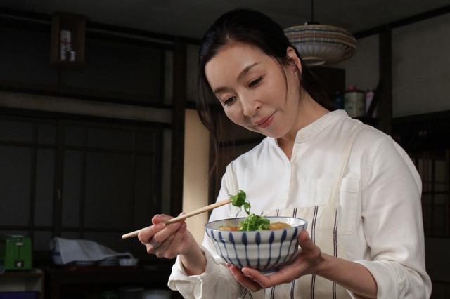 オトナの土ドラ「さくらの親子丼」九十九さくら役(真矢ミキ)