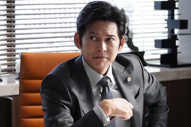 「SUITS/スーツ」第4話 (C) フジテレビ