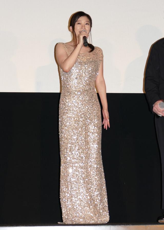 篠原涼子『人魚の眠る家』公開記念舞台挨拶