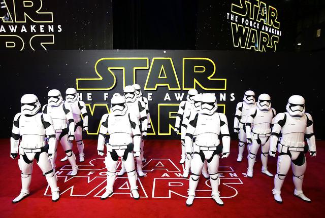 『スター・ウォーズ:フォースの覚醒』ヨーロッパプレミア-(C)Getty Images
