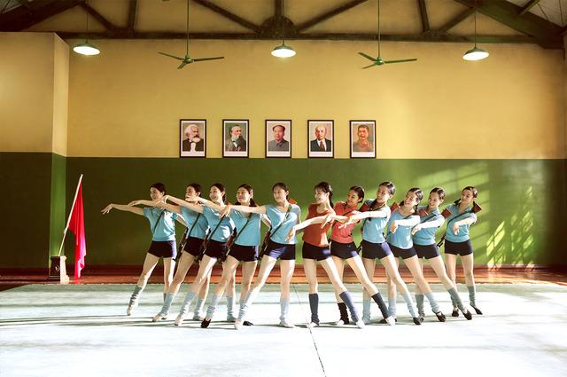 『芳華-Youth-』 (C)2017 Zhejiang Dongyang Mayla Media Co., Ltd Huayi Brothers Pictures Limited IQiyi Motion Pictures(Beijing) Co., Ltd Beijing Sparkle Roll Media Corporation Beijing Jingxi Culture&Tourism Co., Ltd All rights reserved
